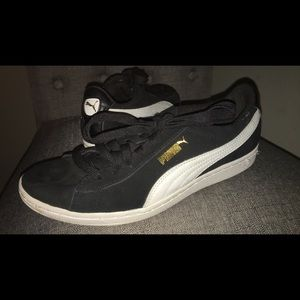 Black,white and gold puma suedes fashion sneakers